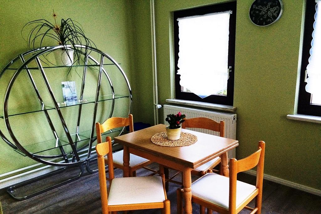 unser haus zimmervermietung am seddiner see. Black Bedroom Furniture Sets. Home Design Ideas